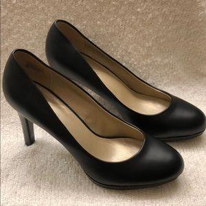 Bandolino Dannie Classic Black Pumps Heels Sz 9.5